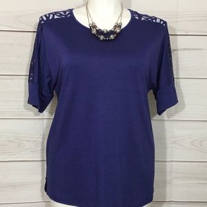 Blue Ava & Viv Burnout Pattern Tunic Top